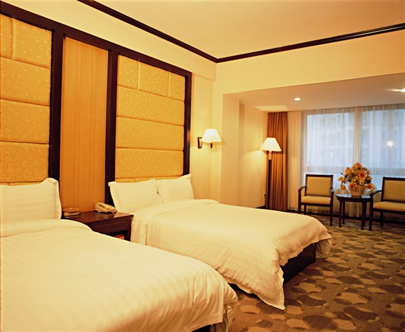 pearl river chat rooms Hilton pearl river: wedding and our rooms were we had the guests get drinks at the bar but a private room to relax and chat in as well has have.